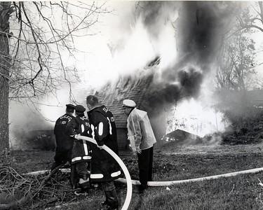 (5-12-67)  2ND & FAIRVIEW BARN BURNING   # 101 EARL NICHOLEY, # 81 DON FELD, # 105 DICK HUMPHRIES, #62 CHIEF FRANK WANDER