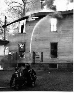 (3-25-63)  BURNING A HOUSE DOWN  1037 GROVE ST