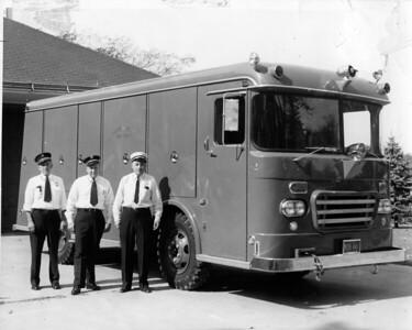(9-63)   SQUD 363  L - CAPT TONY DOLATOWSKI, ED LEIBENGUTH, CHIEF FRAN WANDER  -WON PRIZE AT LEMONT PARADE