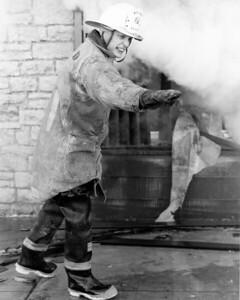 (3-1-77)  TRIESTE RESTURANT FIRE  QUINCY & CASS WESTMONT  ASST CHIEF JOHN WANDER