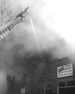 (2-9-1959)   OFFICE BUILDING FIRE  1013 CURTIS   PHOTO 5
