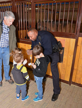 DPD Interacting with the public at Stock Show 2018
