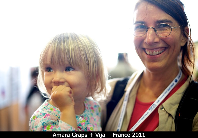 Amara Graps (SwRI) with Vija, making their first joint DPS appearance.<br /> <br /> Credit: Henry Throop<br /> Oct 2011