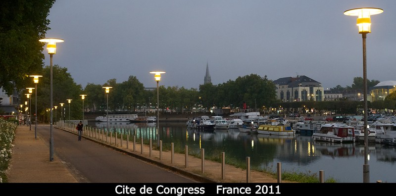Heading to the <i>Cite de Congress</i> in the early morning. The conference center is just to the left; the train station is off on the far right.   Credit: Henry Throop Oct 2011