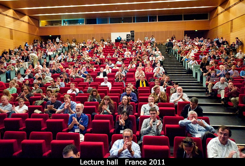 Main lecture hall at DPS, after the talks of Bill and Bill.<br /> <br /> Credit: Henry Throop<br /> Oct 2011