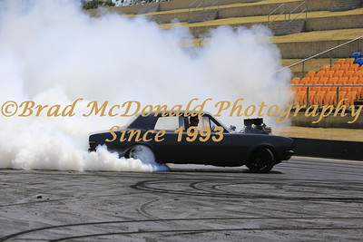 BRAD McDONALD DRAGS SUNDAY STREET MEET 201512200916