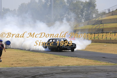 BRAD McDONALD DRAGS SUNDAY STREET MEET 201512200907