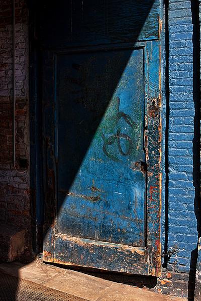 IMAGE: http://phlotography.smugmug.com/DRyan/Doors/i-pCCbVdW/0/L/chelsea28-L.jpg