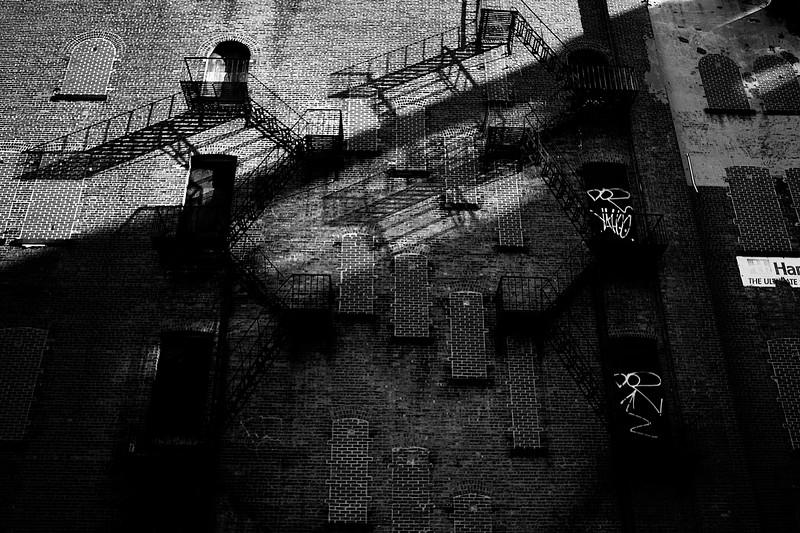 IMAGE: http://phlotography.smugmug.com/DRyan/New-York-City-2012-2013/The-Lower-East-Side/i-7hzmn7w/1/L/_MG_1253b%20les-L.jpg