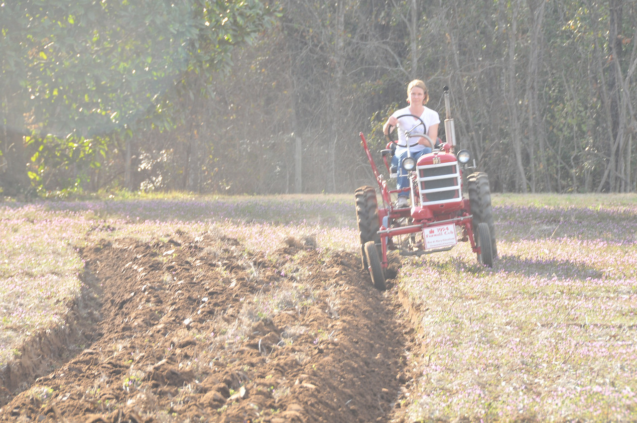 Hey, girls can do this plow thing, too.  Right Teresa?  : )