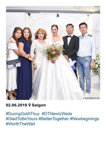 Duong-Thuy-wedding-instant-print-photobooth-in-Saigon-in-hinh-lay-lien-Tiec-cuoi-tai-TP-HCM-WefieBox-photobooth-vietnam-089