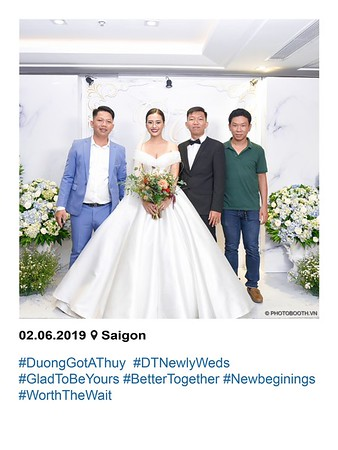 Duong-Thuy-wedding-instant-print-photobooth-in-Saigon-in-hinh-lay-lien-Tiec-cuoi-tai-TP-HCM-WefieBox-photobooth-vietnam-065