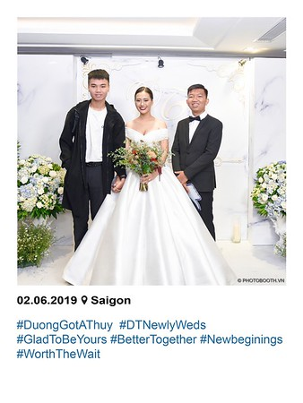 Duong-Thuy-wedding-instant-print-photobooth-in-Saigon-in-hinh-lay-lien-Tiec-cuoi-tai-TP-HCM-WefieBox-photobooth-vietnam-080