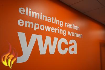 101619_YWCA_RibbonCutting-4