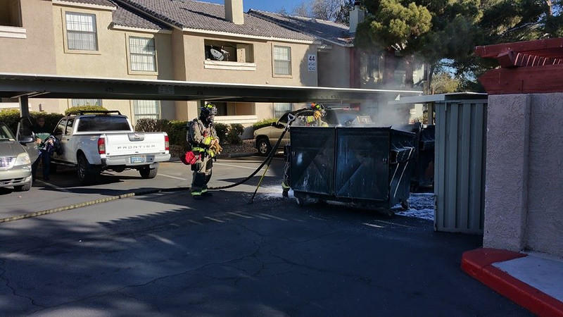 DUMPSTER FIRE CRYSTAL CREEK 122015 0001