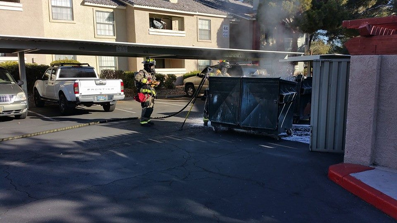 DUMPSTER FIRE CRYSTAL CREEK 122015 0003