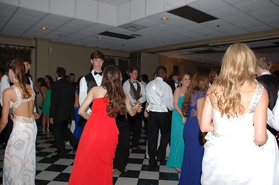 DHS Prom Candid 042013 007