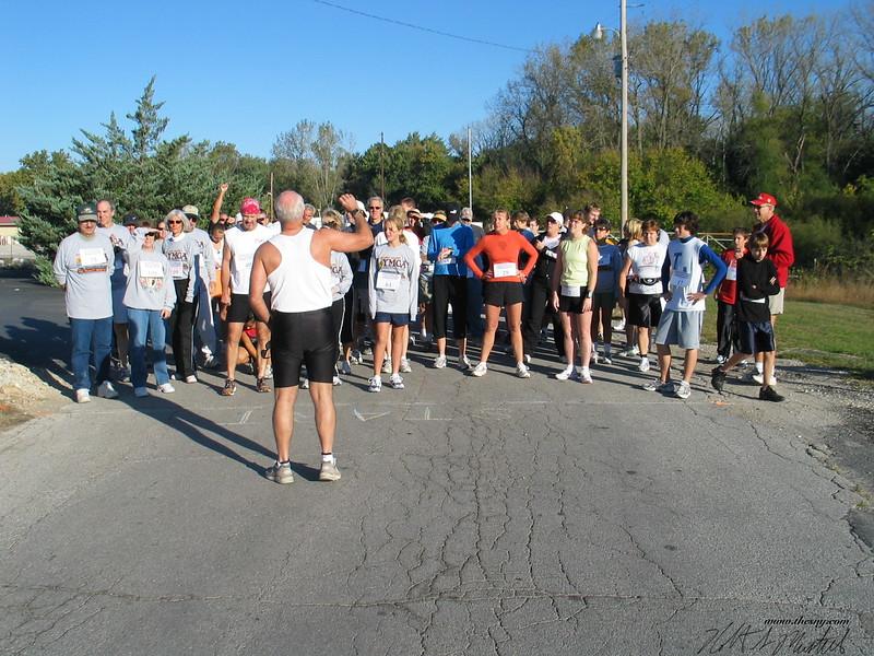 YMCA Mississippi River Run Oct_ 07-06 048.jpg