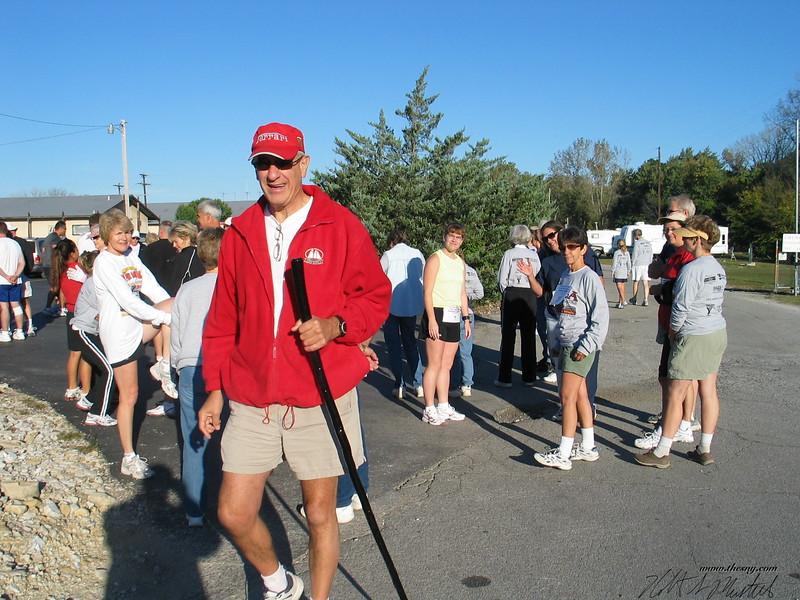 YMCA Mississippi River Run Oct_ 07-06 047.jpg