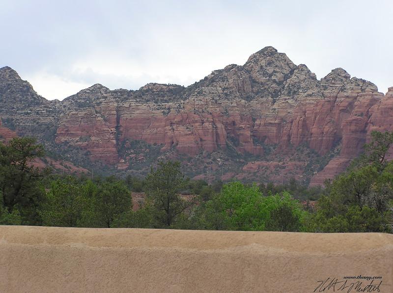 Mesa near Soldier Pass-3.JPG