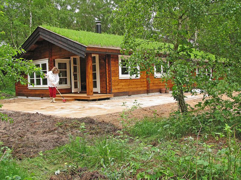 4. juni: ny terrasse...
