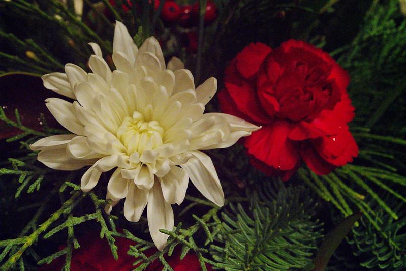 12/11   Christmas Floral Arrangement