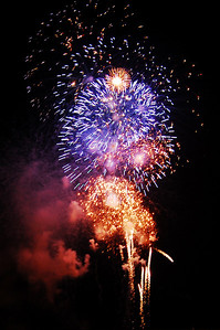 January 1, 2010 - New Year Fireworks!!  Hope everyone has a wonderful New Year!!