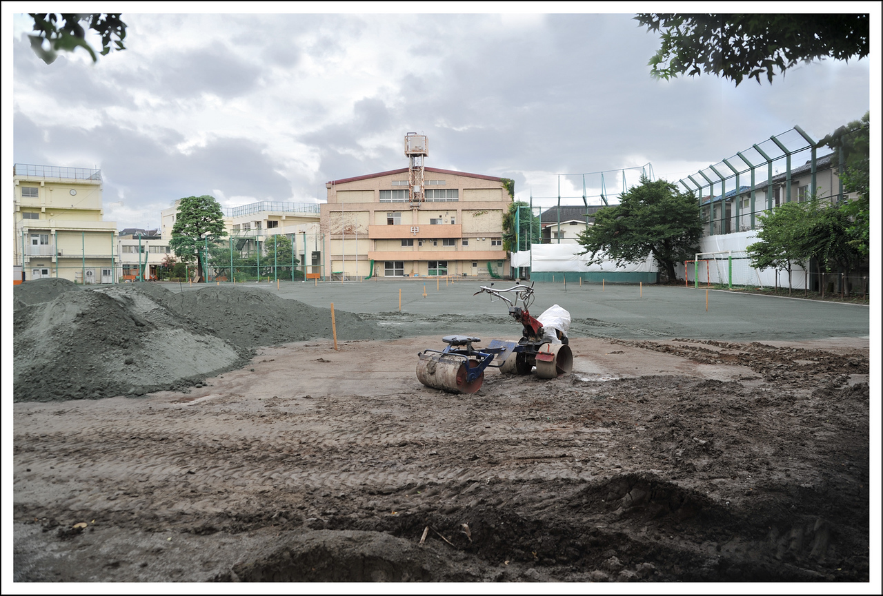 Day 221 Monday, August 9<br /> Japanese summer vacation has started and it seems they are doing construction of some sort on all the school buildings. The junior high in front of our house (where Seishi, Kento and Emiko attended) is having the school grounds redone.