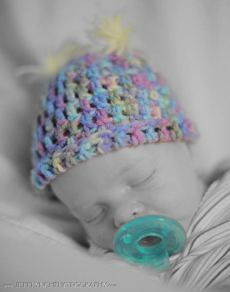 2009 12-20 Auntie Tiffany was kind enough to make another cute hat for baby Ashley today!  Sooooo cute!
