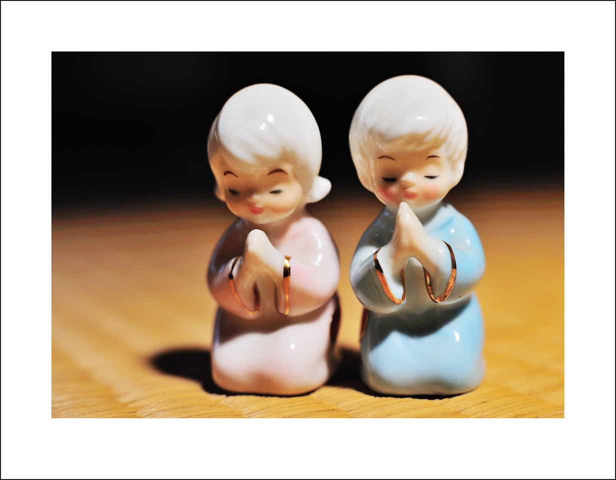 Day 148. May 28. These angels were given to me by a friend in memory of her son who died of a heart condition at the age of 13. Today I just felt like placing them in a beam of light that was shining on the tatami.