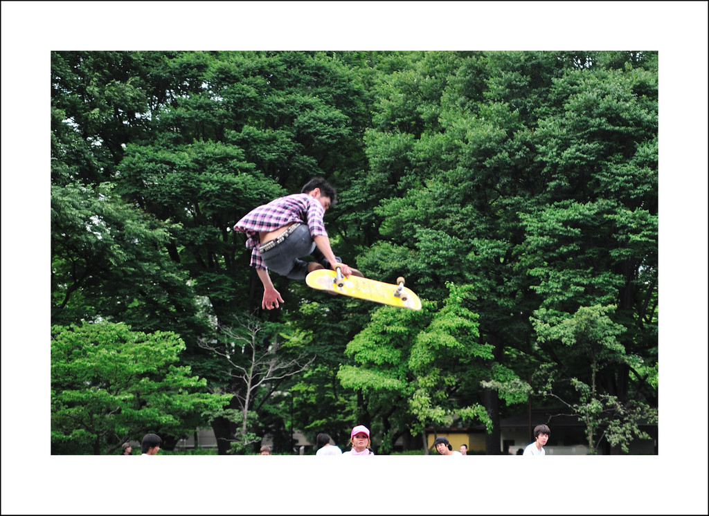 Day 172 June 21<br /> On the way to my Monday lesson I pass through Komazawa park on my bicycle. They have just finished the construction of a new skate board arena. It is very popular. I need practice on this kind of action shot, so I will stop by again.