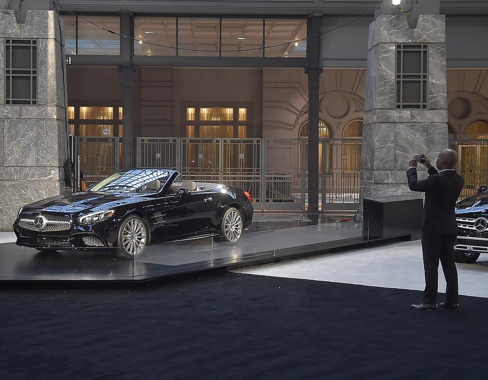 . The 2018 Mercedes Benz SL-450