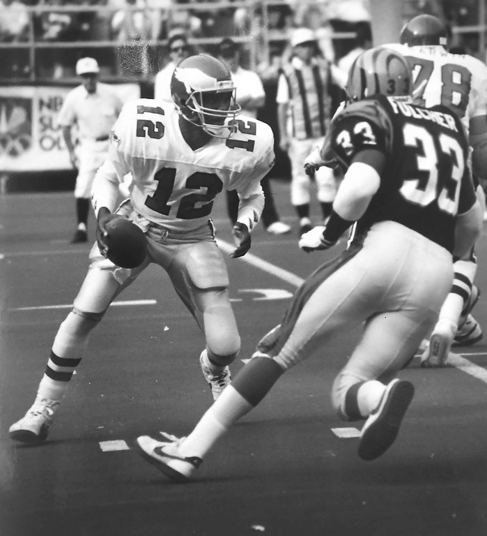 . Randell Cunningham against the Cincinnati Bengals. Photo by Kristen Cortazzo DAILY LOCAL NEWS ARCHIVES
