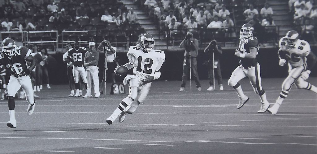. Couldn\'t find a receiver so Cunningham ran for it. DAILY LOCAL NEWS ARCHIVES
