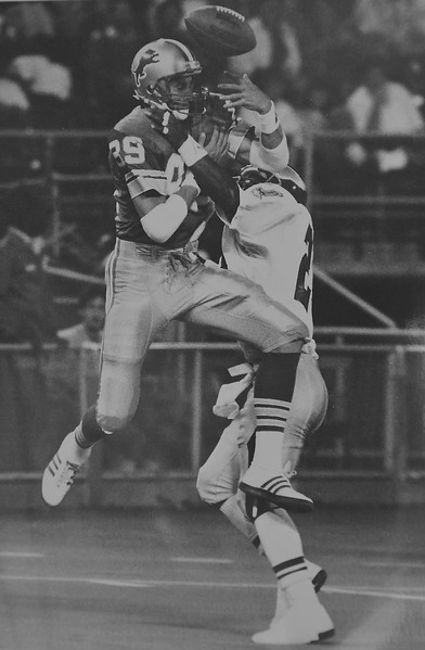 DAILY LOCAL ARCHIVES -  Andre Waters against Detroit Lions.