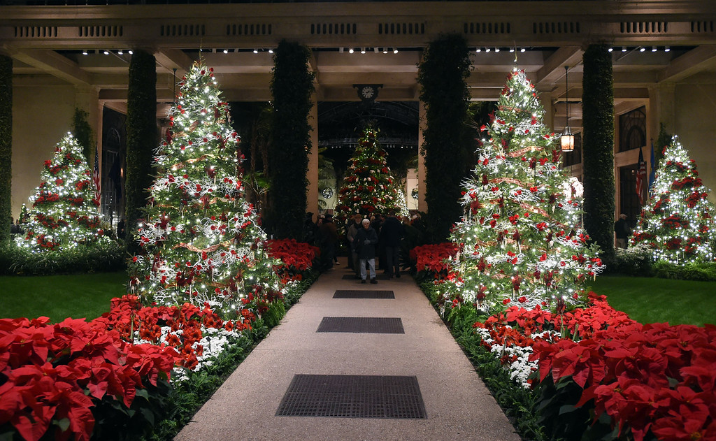. PETE  BANNAN-DIGITAL FIRST MEDIA     The Main Conservatory at Longwood Gardens.
