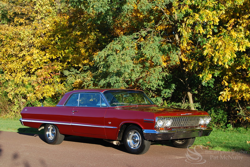 1961 Chevy Impala SS Car Picture