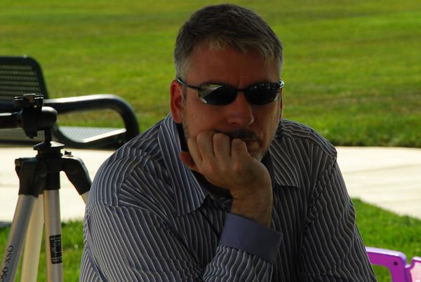 2009.04.04 (Sat) - Darron watches at Peyton's 2YR B-day.