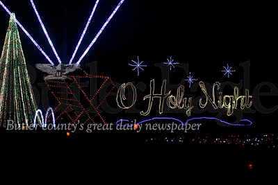Shadrack Light Show 2018 - Oh Holy Night