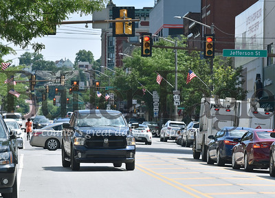 12652 cars driving on main st in Butler