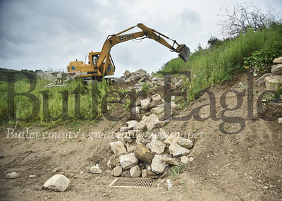 41344 PennDot does work on a hillside on Route 68 and underpass of Route 422 in Butler Twp