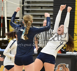 38957 Freeport vs North Catholic PIAA Class 2A Girls Volleyball quarter finals game  at North Allegheny High school