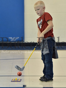 32268 Tanya Wilkinson Physical Education teacher golf class at Center Township elementary