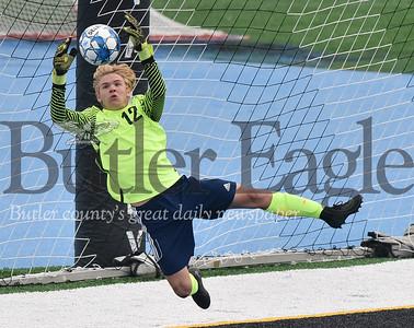 56716 Butler vs Seneca Valley Boys soccer at Seneca Valley Nextier Stadium