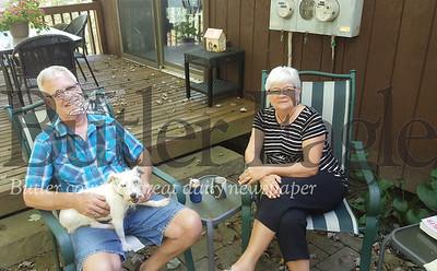 Steve and Linda Schmitmeyer talk about Linda's book and Steve's mental illness