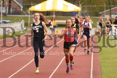 Freeport's Sidney Shemanski pushes down the final stretch to squeeze out a win in the 800 meter at Friday's Mars Invitational.