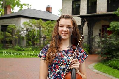 Violinist Elizabeth Nist. 7/24/19 Seb Foltz/Butler Eagle
