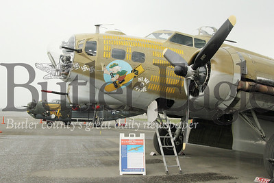 B-17  (painted to replicate memphis belle) Seb Foltz/Butler Eagle
