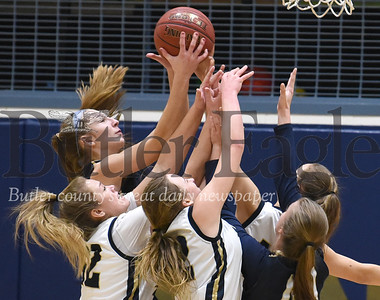 58025 Knoch vs Freeport  in a girls basketball section game  at Knoch High School