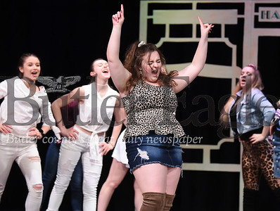 94983 Freeport Middle school auditorium will have cast rehearsing Legally Blonde